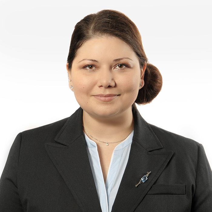 Nina Pfau
